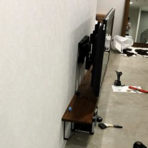 DIY 壁掛けテレビ
